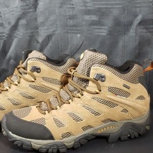 NEW! Merrell Moab Mid Waterproof Hikers Size 11.5